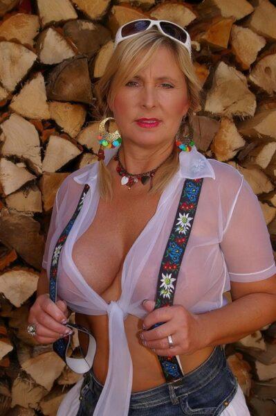 rencontre sexe avec Lilie, pétasse salope a Colmar