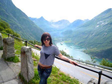Lucie, 25 cherche une rencontre suivi
